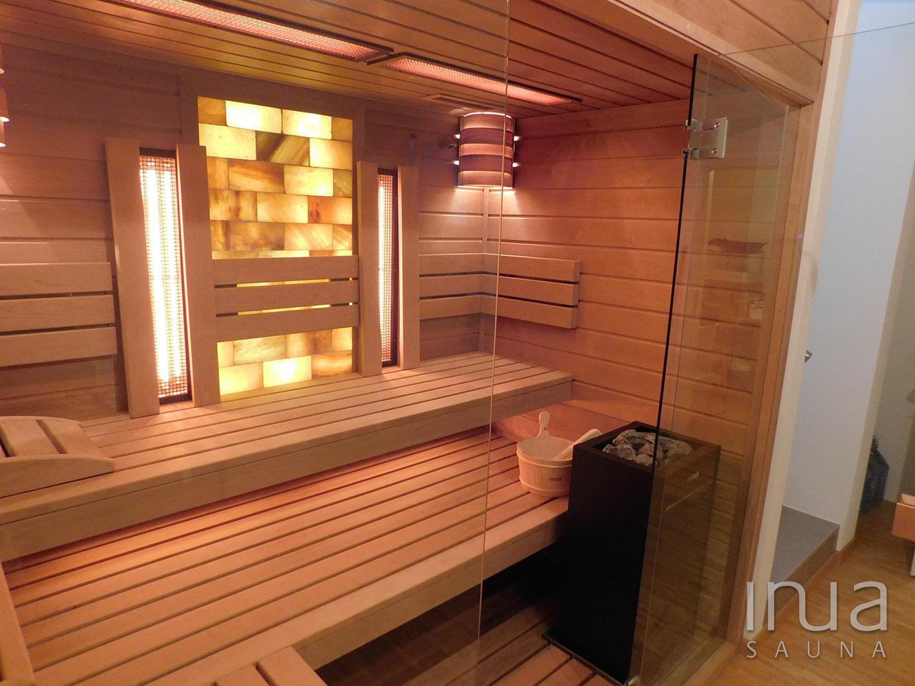 Éger faanyagot használtunk külső és belső borításnak egyaránt.