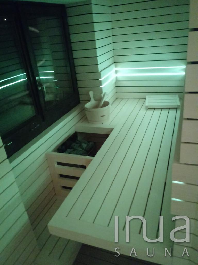 Inua Panelrendszer belső borítású finn szauna Basel városában.