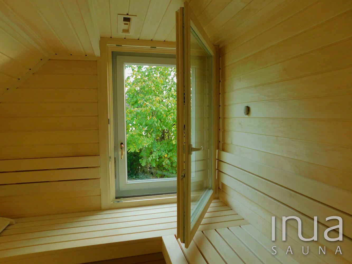 Egyedi gyártású beltéri finn szauna rezgőnyárfa lambéria-, és padanyag felhasználásával. | Inua Szauna Kft.