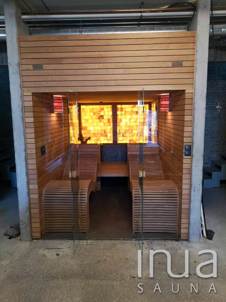 A szaunában kialakításra került két rejtett gőzgenerátor is, így téve még tökéletesebb élménnyé a szauna használatát.