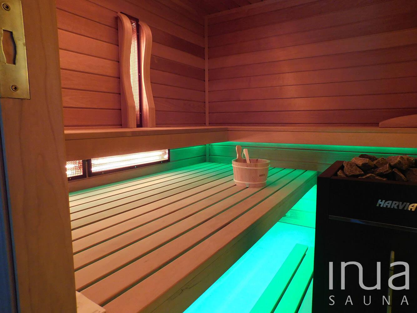Thermowood nyárfa faanyagból gyártott egyedi beltéri kombinált szauna. | Inua Szauna Kft.