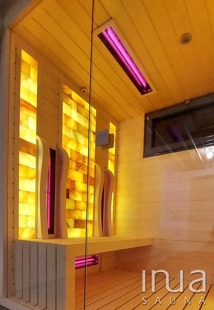 Finn rezgő nyárfa alapanyagból készült egyedi építésű beltéri infra szauna.