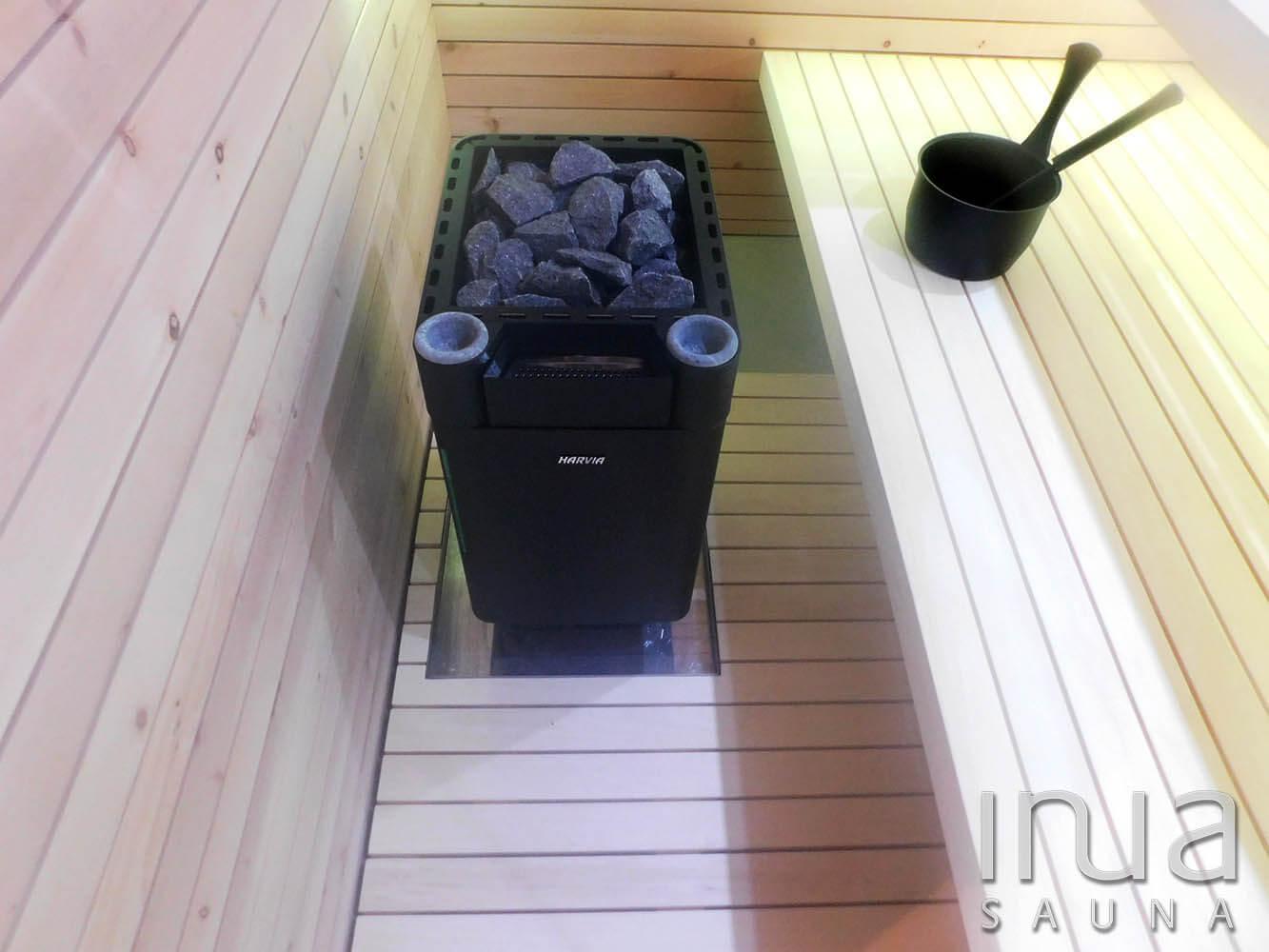 A vitárium padjai alatt LED fényforrás található.